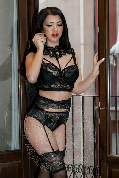 Laura Dolce  ANTIBES 0033 780801205